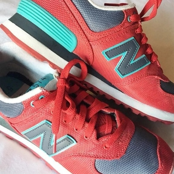 New Balance 574 Women's Sneaker 7.5